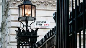 10 downing street the story behind britain u0027s most famous door selo