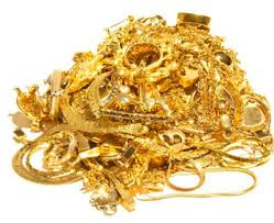 35kg gold ornaments worth rs 11 cr seized from passengers