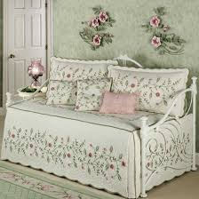 Green Bedding For Girls by Daybed Bedding For Girls Best Review This Month U2013 Stenchofdeath Com