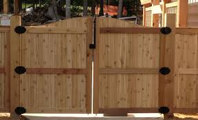 how to build a building fence building horizontal wood fence stunning how to build wood