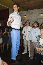 What To Wear With Light Jeans Weiner U0027s Bright Pants Give Him 2 Legs Up On Competitors Ny Daily