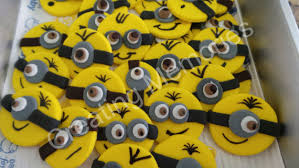 edible minions 12 edible minions cupcake or cake decoration toppers on a yellow