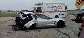 corvette zr1 burnout corvette zr1 crashes after celebratory burnout at the michigan