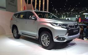 mitsubishi pajero old model 2019 mitsubishi pajero usa availability 2019 best suvs