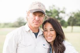 chip gaines net worth chip and joanna gaines here s how much they really make from