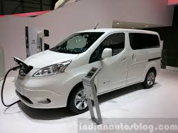 nissan car 2015 2015 nissan e nv200 7 seater front three quarter at the 2015