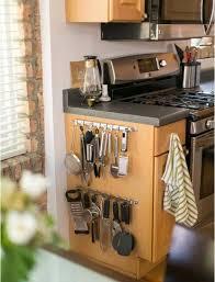 rangement ustensiles cuisine voici 10 astuces pour un rangement plus efficace des armoires et