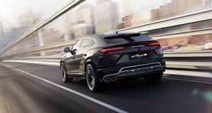 supercar suv the lamborghini urus is the latest 200 000 suv the verge