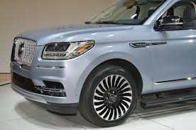 lincoln navigator back 2018 lincoln navigator black label is a huge three row leap in