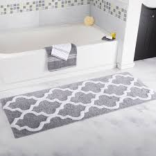 amazon com lavish home 100 cotton trellis bathroom mat 24x60