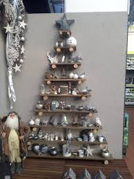 Ideas For Leftover Christmas Tree Branches by Best 25 Wooden Christmas Tree Decorations Ideas On Pinterest