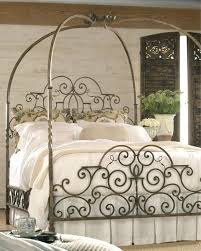 Metal Canopy Bed Metal Canopy Bed Homes