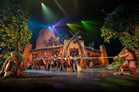 light and sound theater branson theatre review samson at sight and sound theatre in lancaster