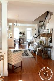 foyer and living room carameloffers