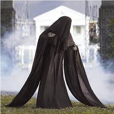 Halloween Props Clearance Best 25 Scary Outdoor Halloween Decorations Ideas On Pinterest