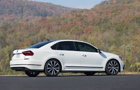 Vw Passat Gt Concept Volkswagen Tests The Sporty Side Of Family