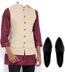 men style what kind of shoes to wear with indo western dresses