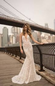 wedding dress trend 2018 check out these 10 wedding dress trends for 2018 the snapknot