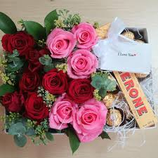 flowers in a box roses and chocolates box flower gift korea 240 5 reviews