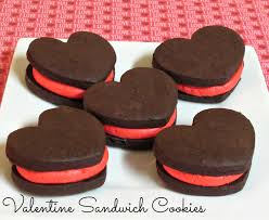 valentines cookies sandwich cookies to be in the kitchen