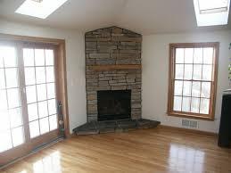 Living Room Fireplace Design by Best 25 Corner Stone Fireplace Ideas On Pinterest Stone