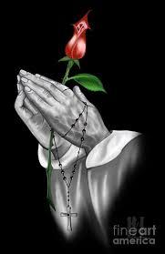 praying with a digital by luis padilla