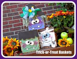 halloween baskets american crafter round 1 voting peek a boo pages sew something