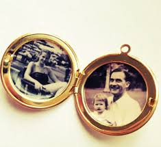 custom lockets custom locket photographs quotes permanently sealed inside