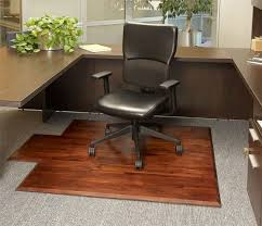 Wood Desk Chair by Best 25 Office Chair Mat Ideas On Pinterest Modern Condo
