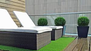 Astro Turf Outdoor Rug Artificial Turf And Decking The Perfect Combination Artificial