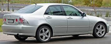 modified lexus is200 file 1999 2005 lexus is 200 gxe10r sedan 05 jpg wikimedia commons