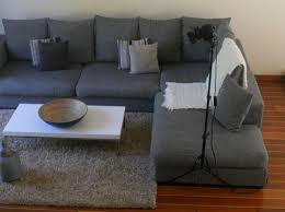 canap tissu gris chin salon canap gris awesome salon gris joliment dcor de coussins en
