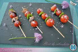 fleurs de ciboulette en cuisine recette de tomates cerise en brochette sésames et fleur de ciboulette