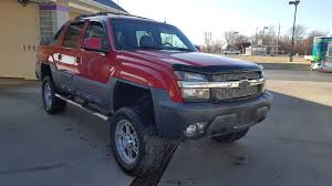 2002 chevrolet avalanche 2500 4 4 crew cab lifted trucks for