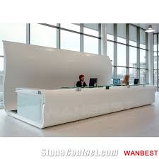 White Salon Reception Desk Luxury White Solid Surface Acrylic Curved Hotel Lobby Shopping