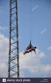 Six Flags Giant Sky Coaster Swing At Hurricane Harbor Waterpark Six Flags Over
