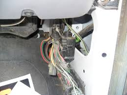 ford f 250 super duty xl where is the fuel pump shut off switch