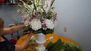 how to make flower arrangements how to make flower arrangement in urn