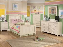 Best 25 Captains Bed Ideas by Best 25 Ashley Furniture Kids Ideas On Pinterest Wood Twin Bed