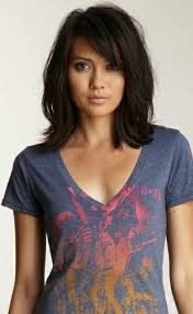 shoulder lengh hair but sides have snapped what hairstyle make it look better the 25 best medium hairstyles with bangs ideas on pinterest