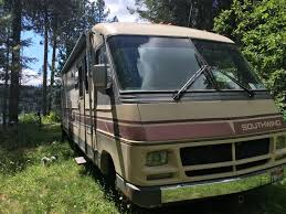 chevy motorhome fleetwood southwind campers for sale
