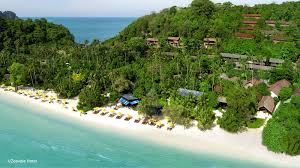 10 best luxury resorts in phi phi most popular 5 star hotels in