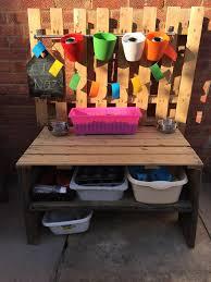 kinderküche bauen kinderküche aus holz für den garten bauen und verspielt gestalten