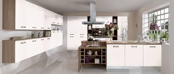 couleur magnolia cuisine cuisine couleur magnolia amazing peinture cuisine meubles blancs