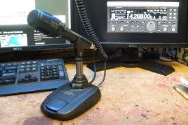 yaesu ft 991 tranceiver and yaesu md 100a8x microphone
