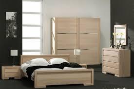 chambre à coucher en chêne massif chambre a coucher en bois massif moderne idées de décoration