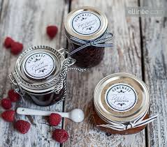 jam wedding favors 30 edible wedding favor ideas linentablecloth