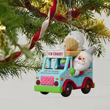 amazon com hallmark keepsake 2017 santa u0027s sweet surprise ice
