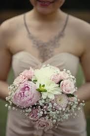 thã mes mariage pretty pearly wedding by the river thames fleur pivoine mariée