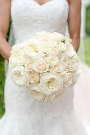 wedding flowers roses 12 wedding flowers that are always in season weddingwire